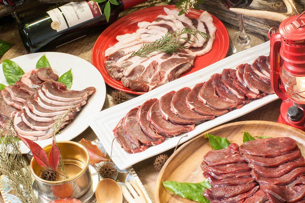 アウトドアでジビエ肉を楽しむ。