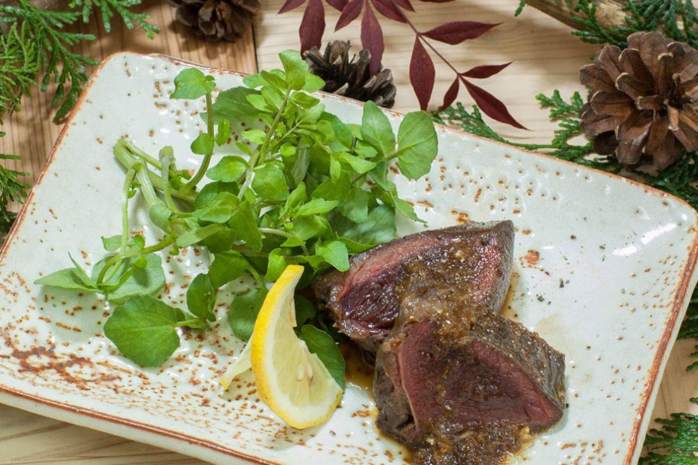 エゾ鹿と九州鹿を食べ比べしてみました。レシピあり。