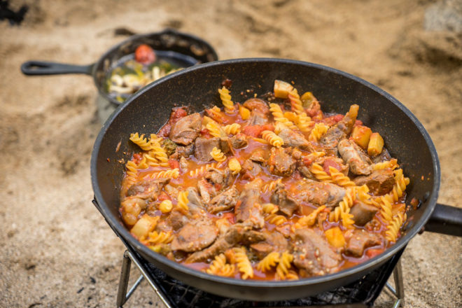 鹿スネ肉のトマト煮