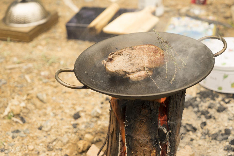 鉄のパンを加熱