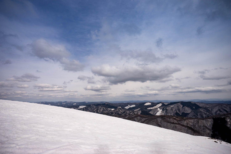 深入山山頂付近