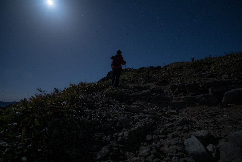 夜の深入山を登山