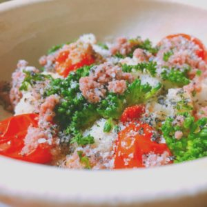 蒸し野菜のウェットフード添え
