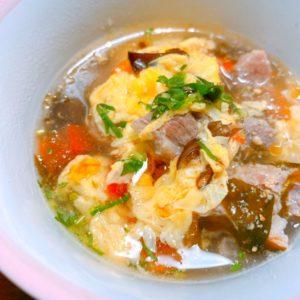 ふわふわ玉子と猪肉の中華風スープ