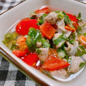 セロリとモロヘイヤスープ